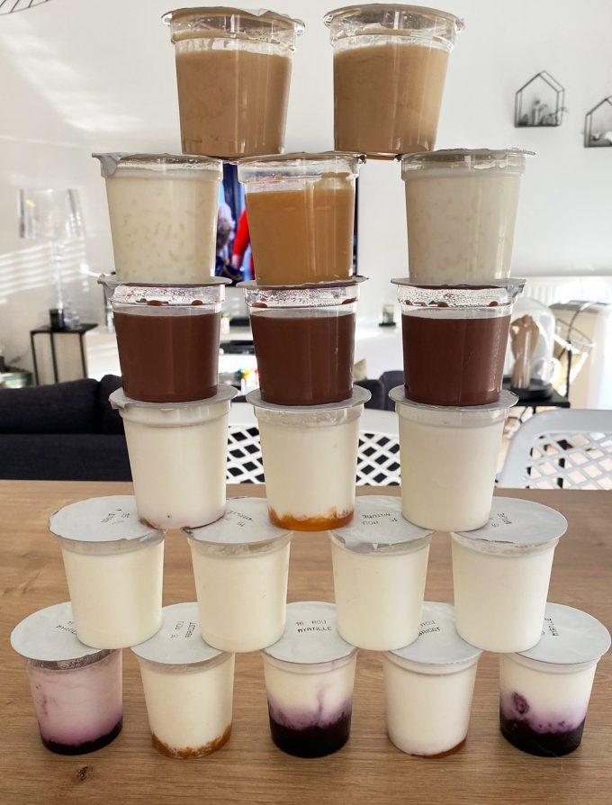 Chèvrerie Bécot - pyramide de yaourts