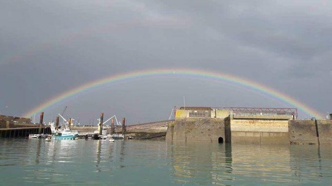 L'Aurore - arc en ciel sur Saint Malo