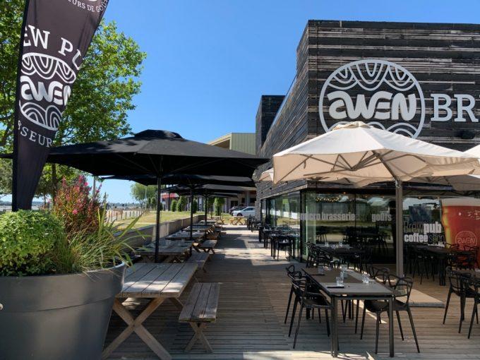 Awen Brew Pub - terrasses extérieures