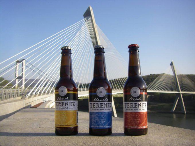 Bières avec vue sur le pont