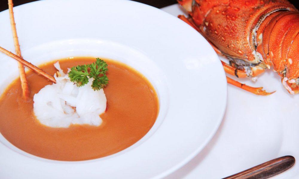 Bisque de homard : Sa vraie Recette ? Comment s'en servir ? Le Guide !