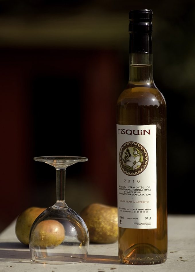 Le Tisquin, apéritif à base de pommes, coings & miel