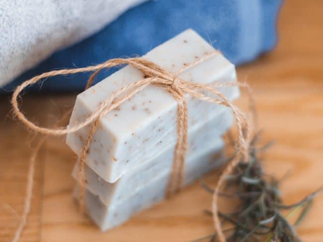 Fabriquer son savon maison : Ma recette à la lavande