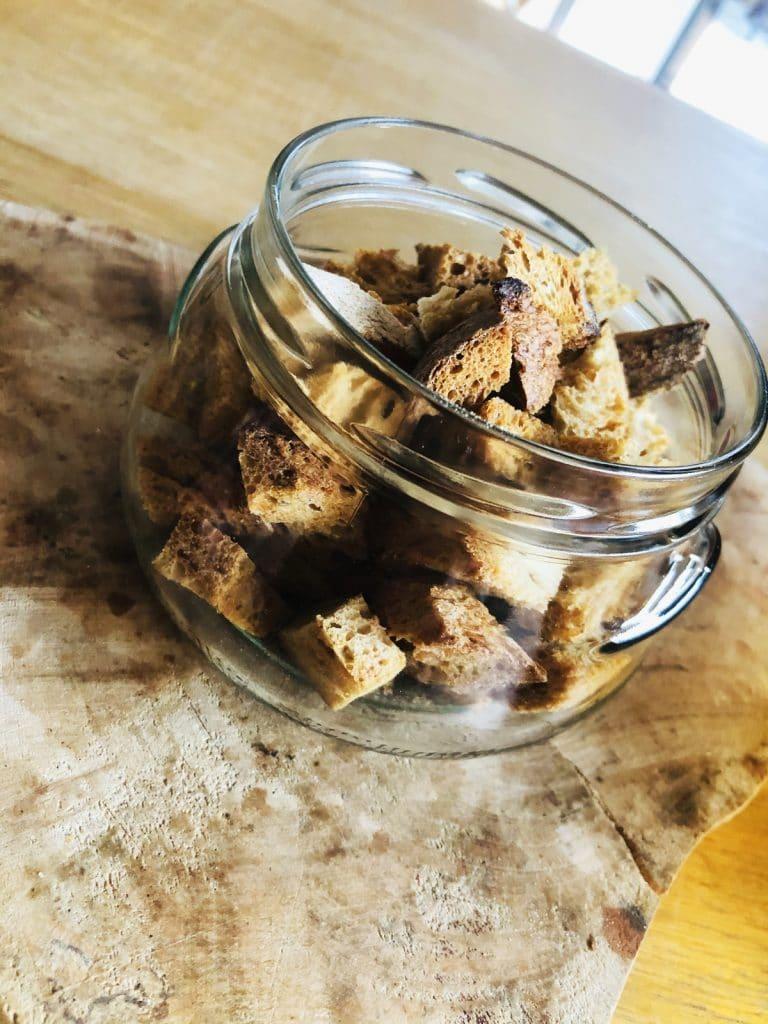 Recette de croûtons de pain : l'astuce anti-gaspi